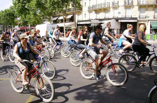 Paris bicycle tour by Jean-Pierre CC BY-SA 2.0