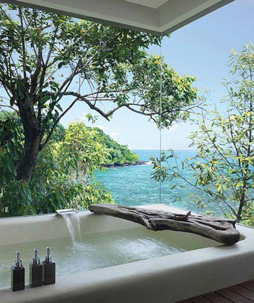 bathtub outdoor reading