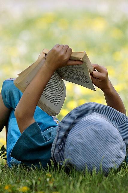 kids-reading-8