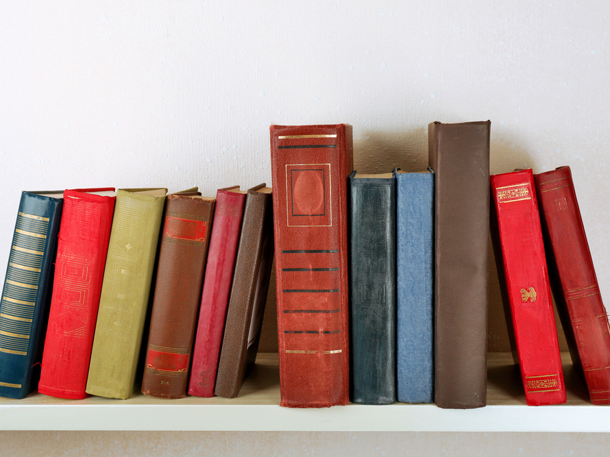 The Minimalist's Bookshelf: 10 Books I'll Never Part With