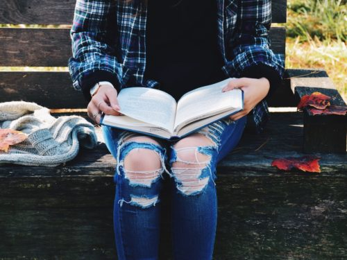 8 Bookish Gifts to Fall for This Autumn