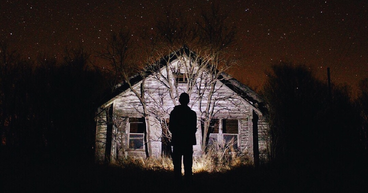 Scary Halloween Books That You Need To Read Read It Forward